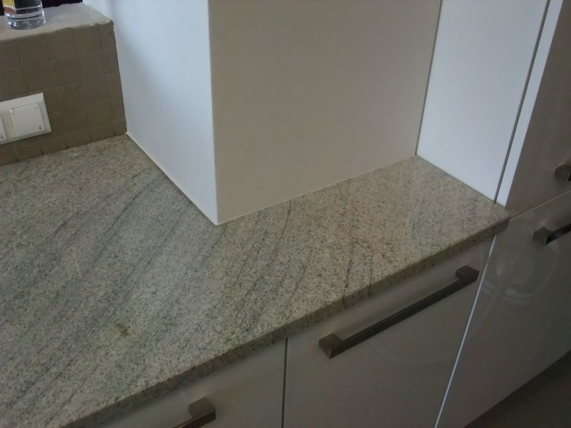 23 granit imperial white em di. Black Bedroom Furniture Sets. Home Design Ideas